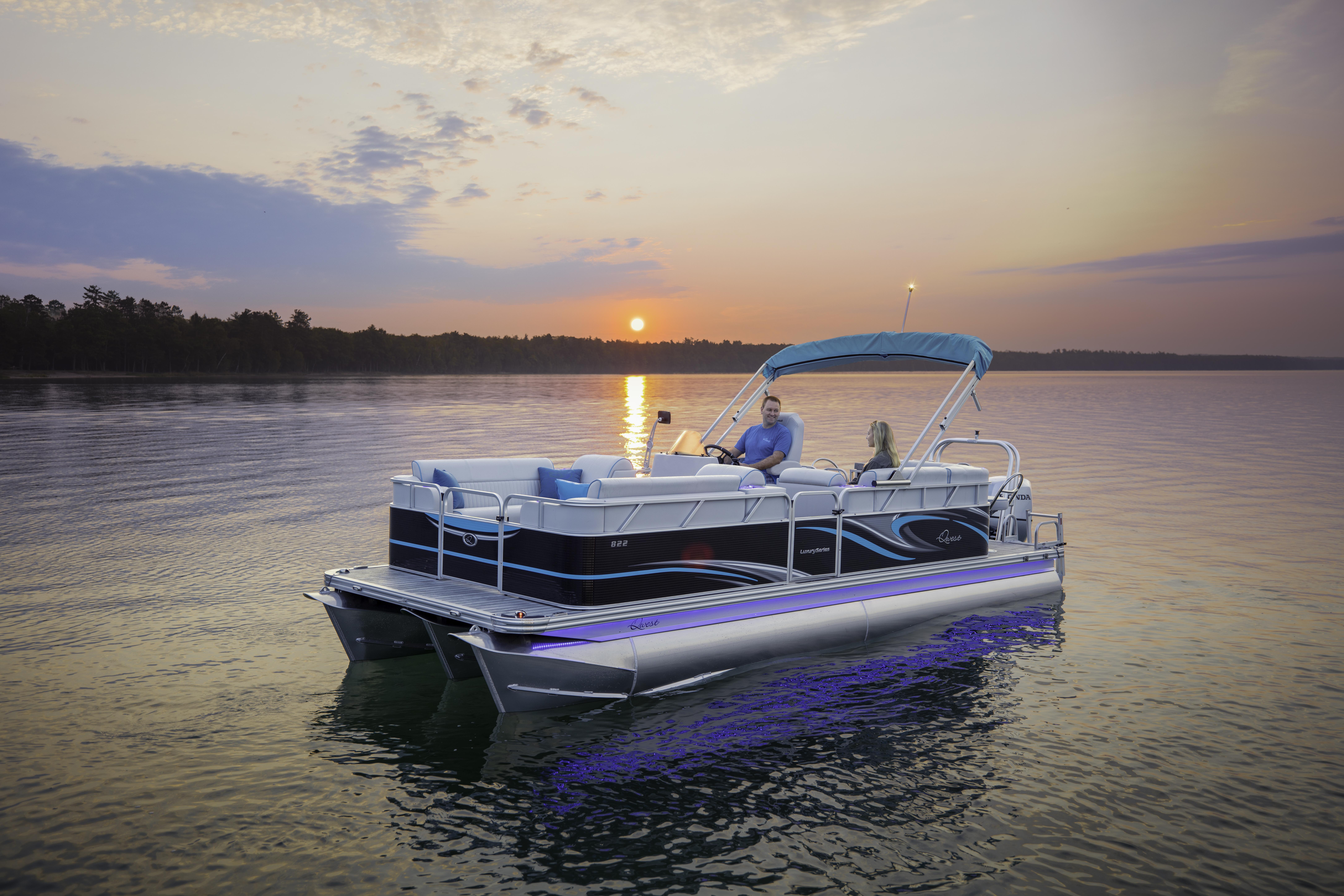 Gas Powered Pontoon Boat | Small Pontoon Boats | JTBoats com